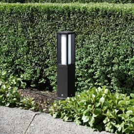Albert cast aluminium pedestal light