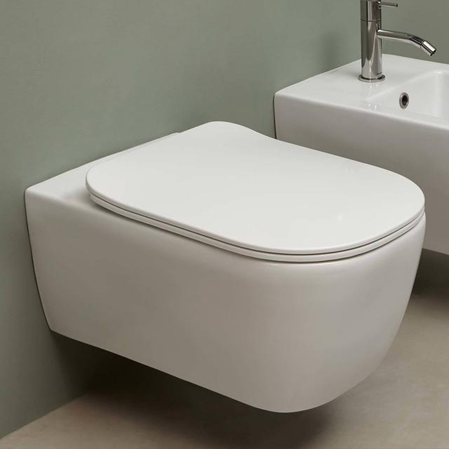 antoniolupi KOMODO wall-mounted washdown toilet with Flat toilet seat matt white