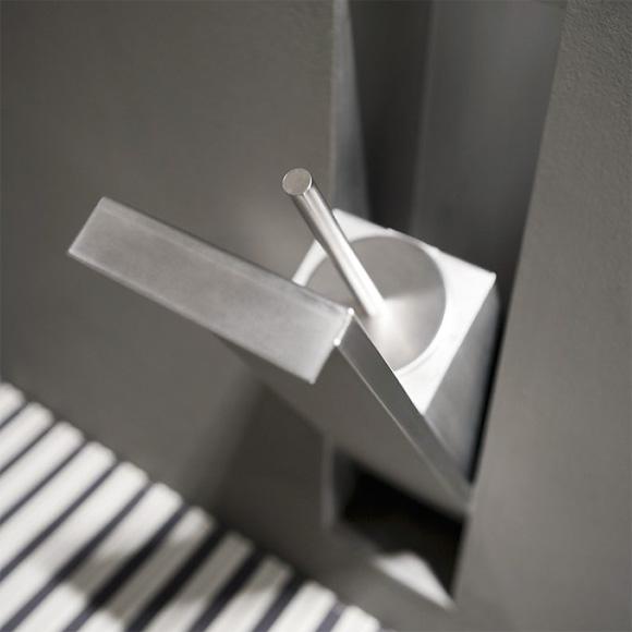 antoniolupi SESAMO toilet brush set, recessed