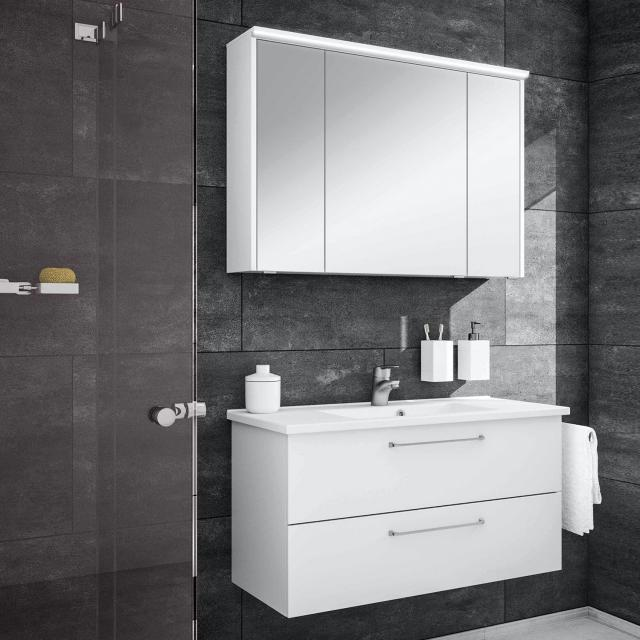 Washbasin with vanity unit and mirror cabinet