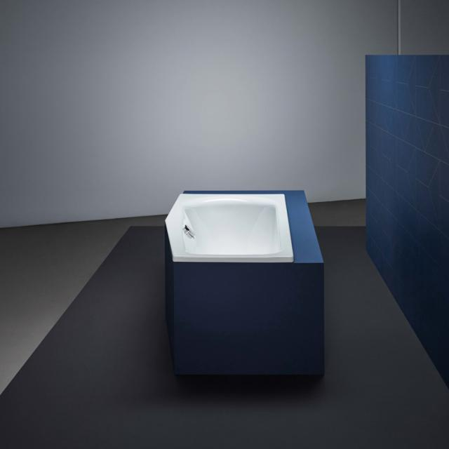 Bette Luna compact bath, built-in white