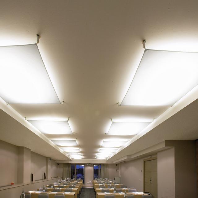 B.lux Veroca 3 LED ceiling light