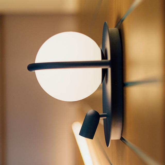 B.lux C_Ball W 2L wall light with reading light