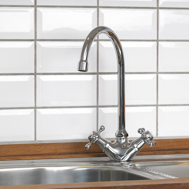Damixa Tradition two handle basin mixer with C spout