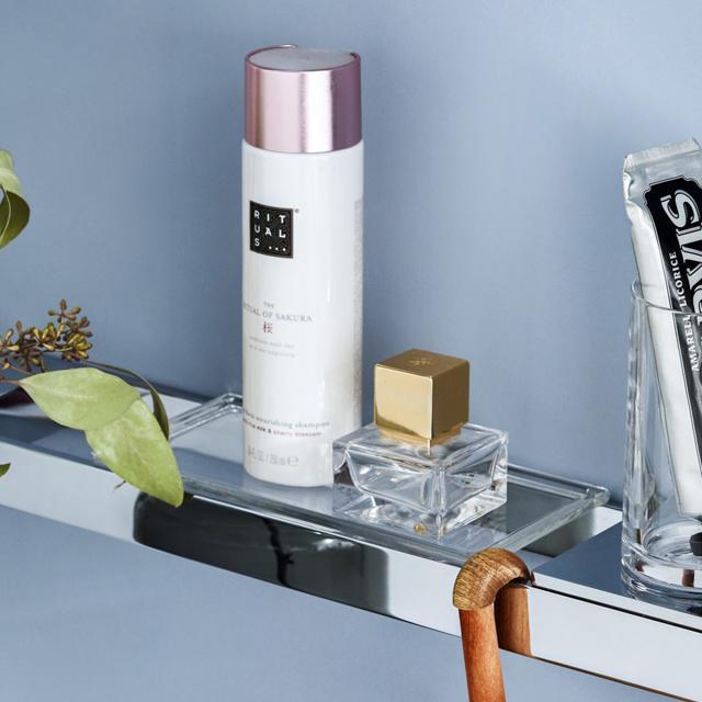 Emco Liaison glass shelf for rail