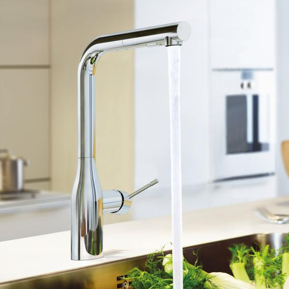 Grohe Essence kitchen mixer with retractable dual rinsing spray chrome
