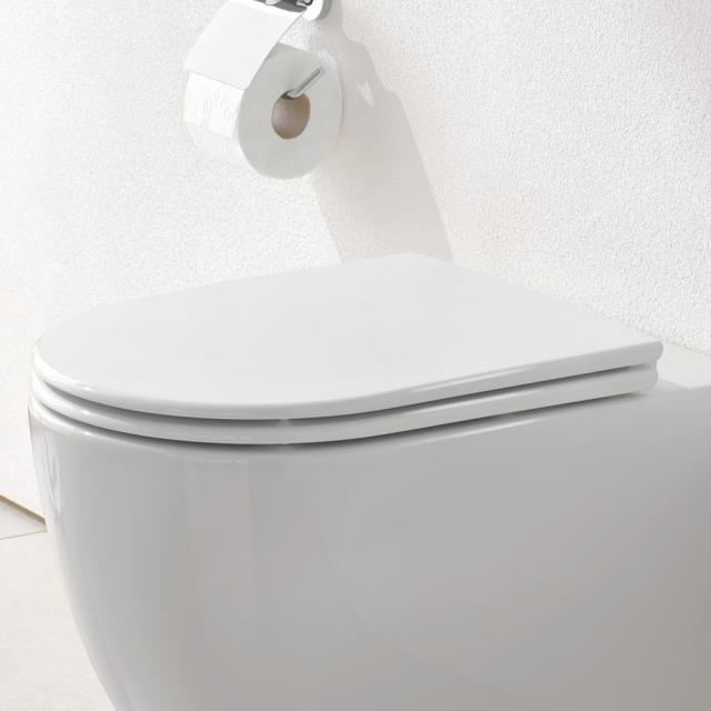 Grohe Essence toilet seat with soft-close