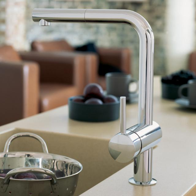 Grohe Minta kitchen fitting with pull-out spout chrome