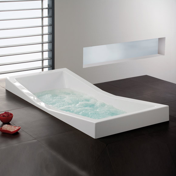 Hoesch FOSTER rectangular whirlbath with Deluxe Whirl-Air whirl system, built-in