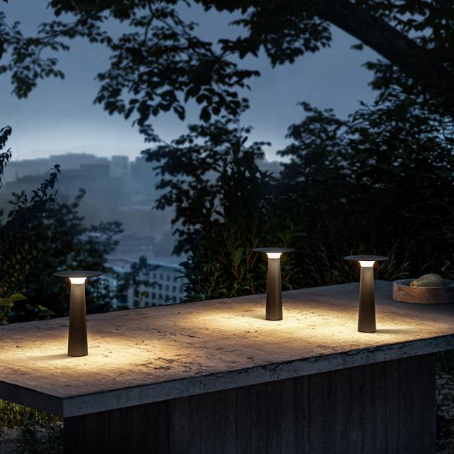 IP44.de lix USB LED table lamp with dimmer