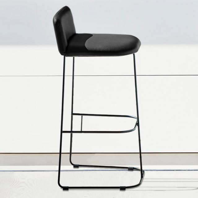 Jan Kurtz Ragno bar stool