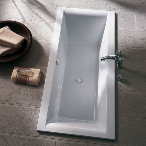 Koralle T700 rectangular bath, built-in white front overflow
