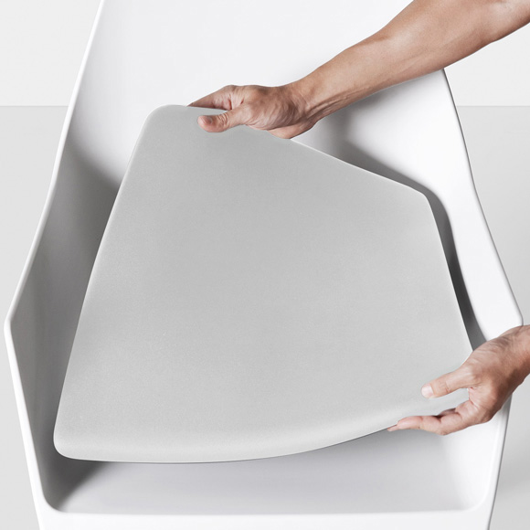 Kristalia Mem removable cushion