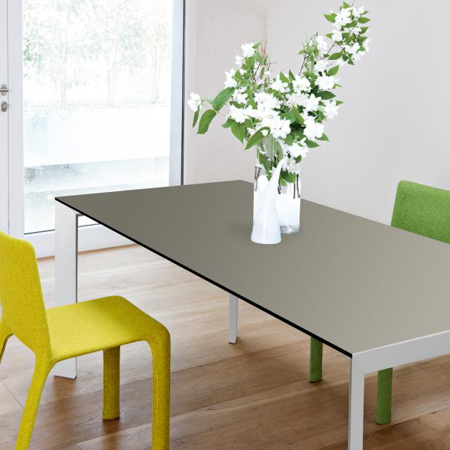Kristalia Nori Fenix dining table