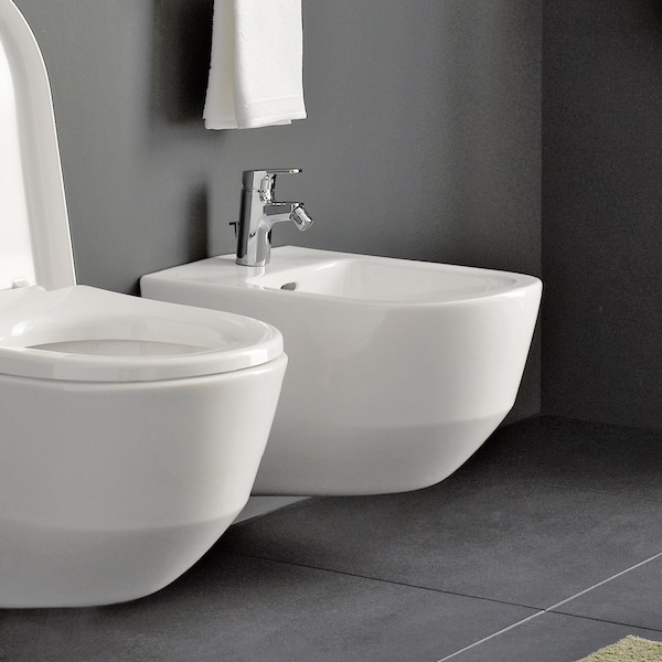 Laufen Pro wall-mounted bidet for internal angle valves white, with CleanCoat
