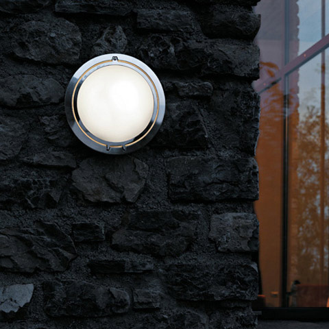 Luceplan Metropoli D20 wall light with prismatic glass