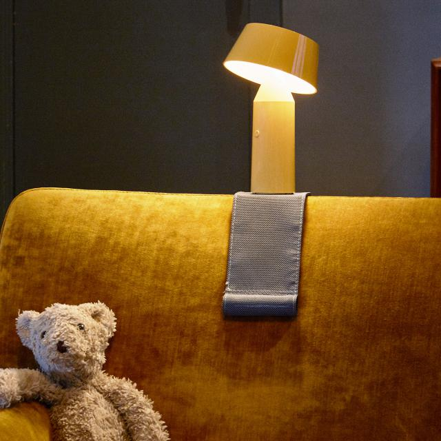 marset armrest support for Bicoca table lamp