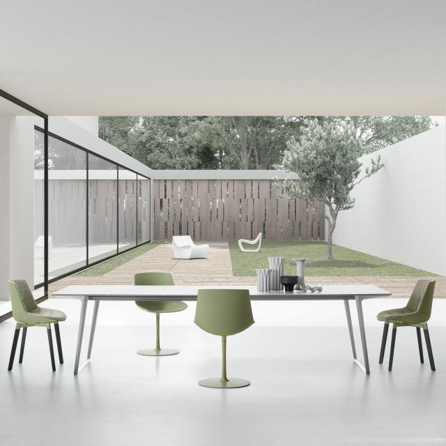 MDF Italia AXY extendable dining table