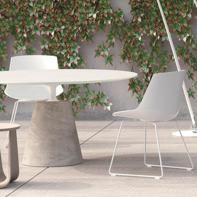 MDF Italia FLOW chair with runners