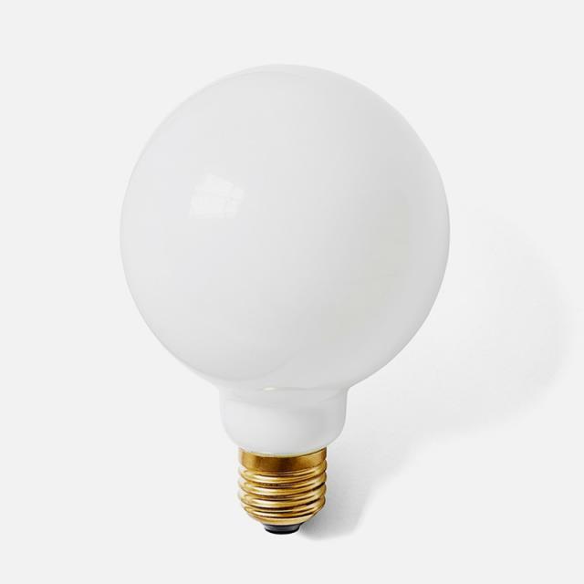 Menu Globe Bulb E27, dimmable