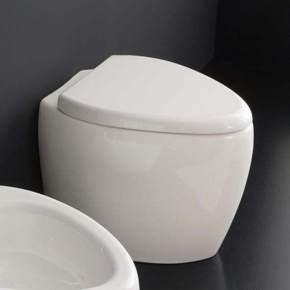 Scarabeo Moai floorstanding washdown toilet white