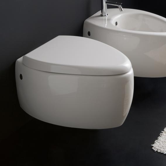 Scarabeo Moai wall-mounted washdown toilet white, with BIO System coating