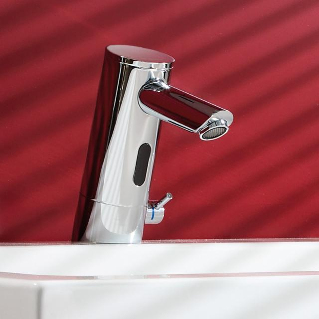 Schell PURIS E electronic basin mixer with temperature controller projection: 107 mm, with battery