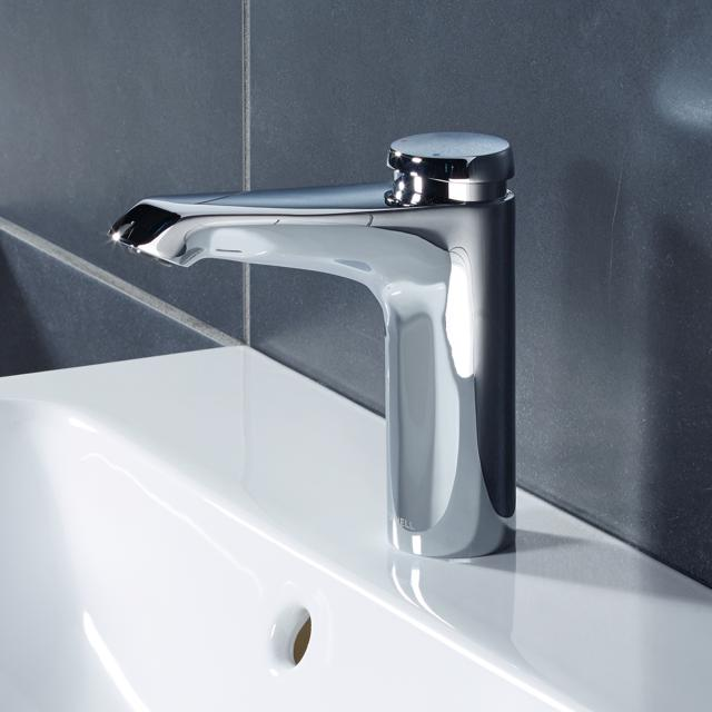 Schell Xeris self-closing basin fitting