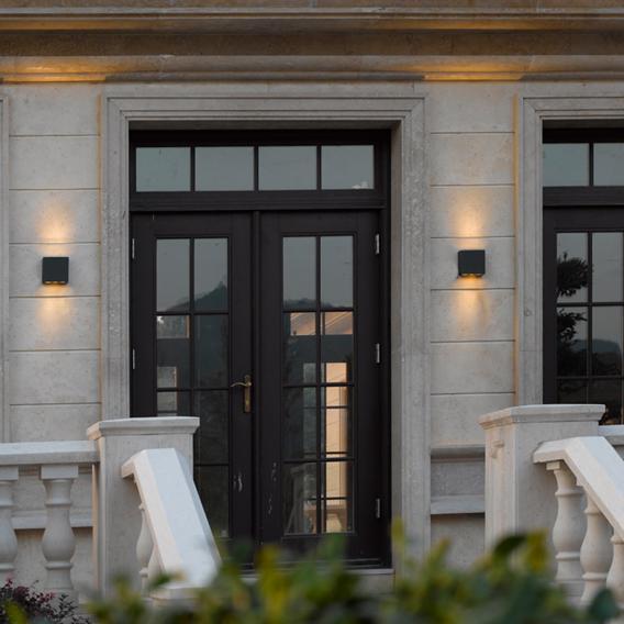 Trio Thames LED wall light