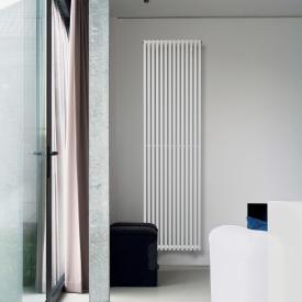 Vasco Veronica Maxi vertical radiator, single row width 636 mm, 18 tubes, 1276 Watt