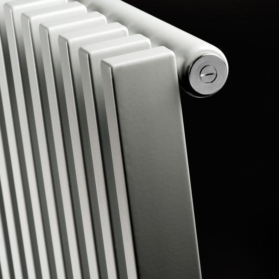 Vasco Zana horizontal ZH-1 radiator, single row width 1184 mm, 30 tubes, 1040 Watt, connection 0023