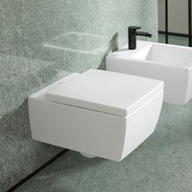 Villeroy & Boch Memento 2.0 wall-mounted washdown toilet, rimless white