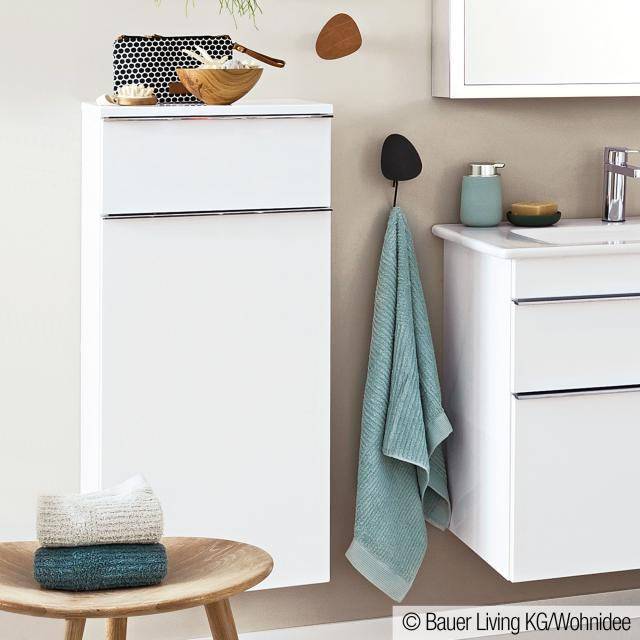 Villeroy & Boch Venticello side unit with 1 pull-out compartment and 1 door front glossy white / corpus glossy white, chrome handles