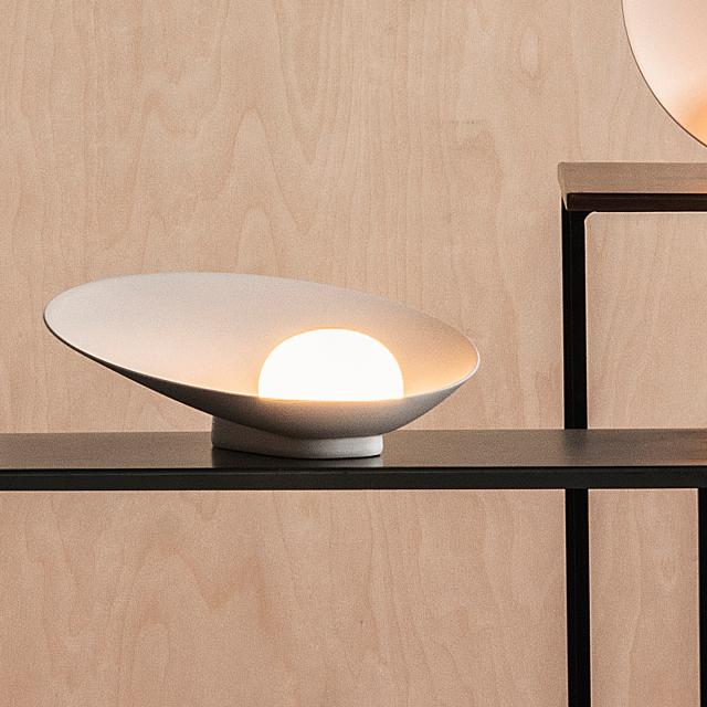 VIBIA Musa LED rechargeable table lamp with dimmer